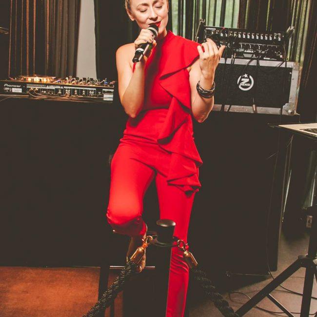 Sängerin Maria im Dr. Schiwago